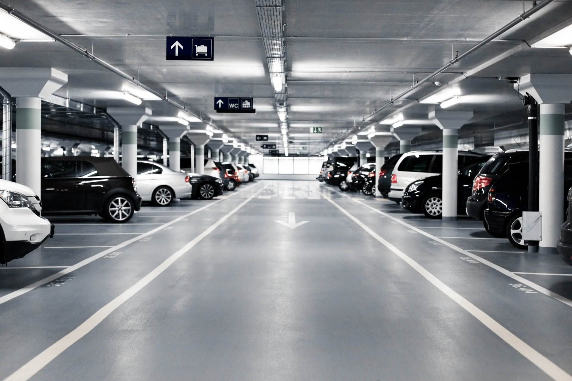 aparca-en-el-aeropuerto-hero.jpg