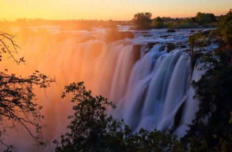 SUEÑOS DE ZIMBABWE