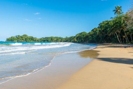 COSTA RICA DE COSTA A COSTA EN VUELO DIRECTO DE IBERIA - SALIDA VIERNES Y DOMINGO DE JULIO A SEPTIEMBRE
