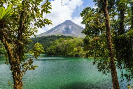 COSTA RICA AL NATURAL EN PRIVADO