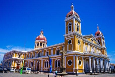 COSTA RICA Y NICARAGUA, NATURALEZA Y TRADICIÓN