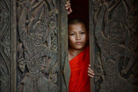 LAOS, VIETNAM SORPRENDENTE Y CAMBOYA