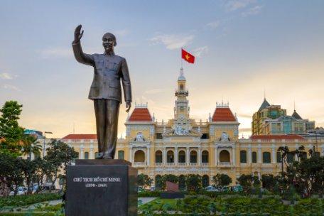 LAOS, VIETNAM SORPRENDENTE Y CAMBOYA y KRABI