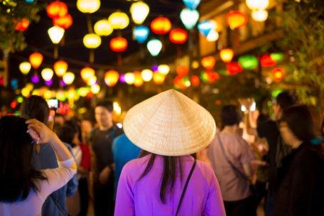 LAOS, VIETNAM Y CAMBOYA CRUZANDO POR EL MEKONG y PHUKET